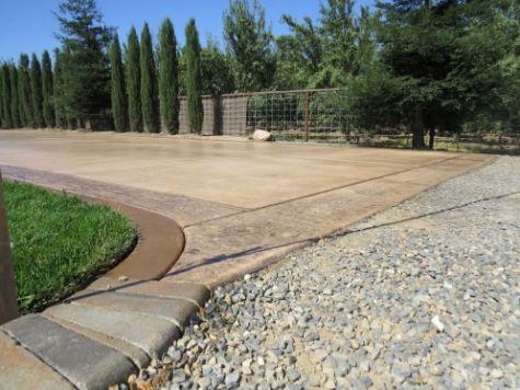 this image shows fullerton concrete driveways